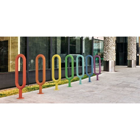 OVAL single bike rack in powder coated steel for ingrounding