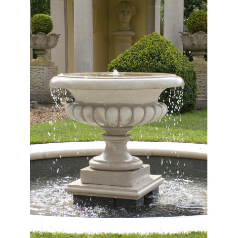 WEST LODGE FOUNTAIN INCLUDING PUMP COVER AND X350 PLUMBING (RECOMMENDED PUMP: X210)